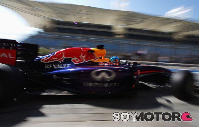 Sebastian Vettel a los mandos de su RB9 - LaF1