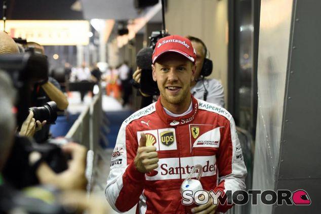 Vettel se ha convertido en un auténtico ídolo para la prensa italiana y los 'tifosi' - LaF1