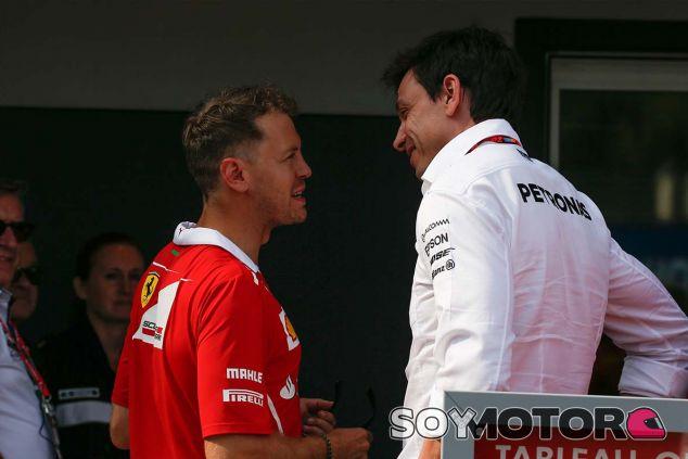 Sebastian Vettel y Toto Wolff en Mónaco - SoyMotor.com