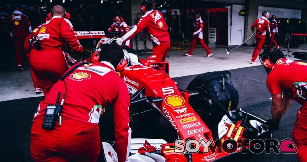 Vettel, durante el segundo libre en México - LaF1