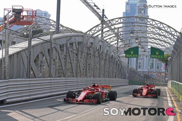 Ambos coches de Ferrari en Singapur – SoyMotor.com