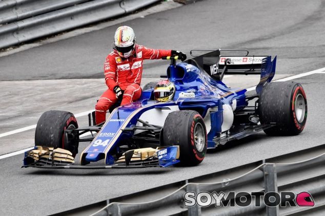Sebastian Vettel a bordo del Sauber de Pascal Wehrlein después del incidente de Malasia –SoyMotor.com