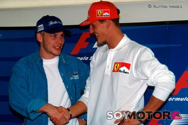 """Villeneuve y la diferencia entre Hamilton y Schumacher: """"Lewis es limpio"""" - SoyMotor.com"""