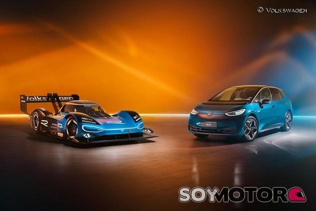 Volkswagen ID.R y Volkswagen ID.3 - SoyMotor.com