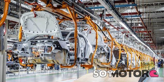 Los fabricantes de coches se citan este lunes con el ministro -SoyMOtor