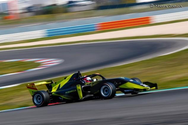 Marta García, la más rápida en el último día de test de las W Series - SoyMotor.com