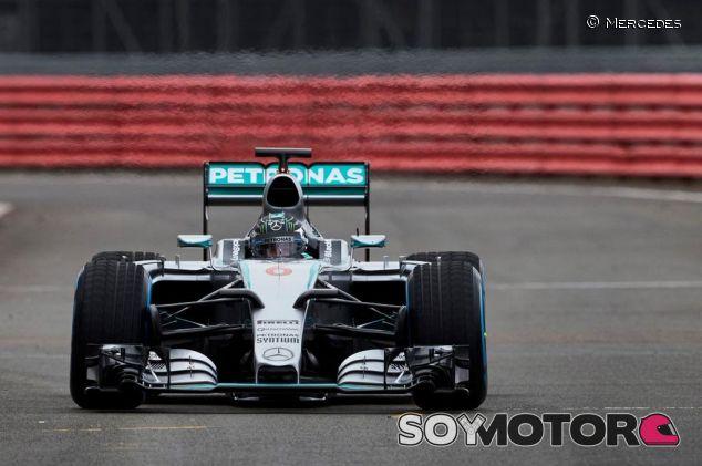 Las primeras imágenes del Mercedes W06 en Silverstone - LaF1