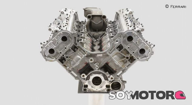 Ferrari pone a la venta su motor del F2002 por 75.000 euros - SoyMotor.com