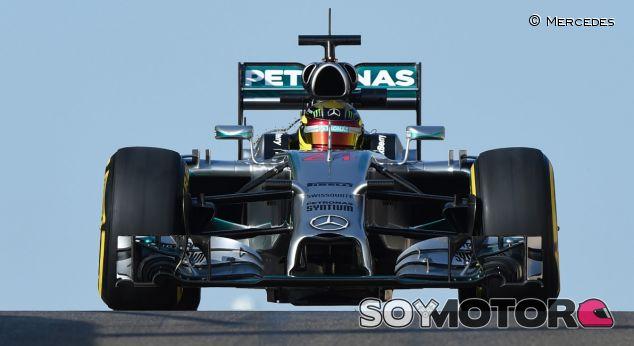 Wehrlein pone a Mercedes en su sitio y el McLaren aún no carbura