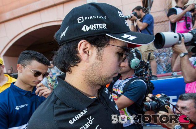Pascal Wehrlein y Sergio Pérez en Mónaco - SoyMotor.com