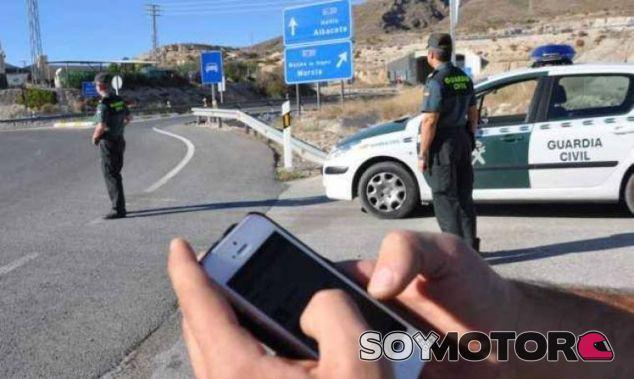 Guardia Civil vs. Whatsapp: ¿quién es más rápido? - SoyMotor.com