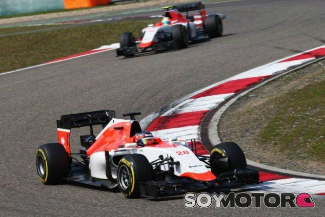 Will Stevens y Roberto Merhi rodando con el Manor en Shanghai - LaF1.es