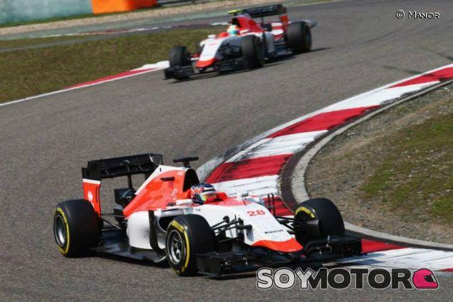 Los Manor corriendo en Shanghai - LaF1.es