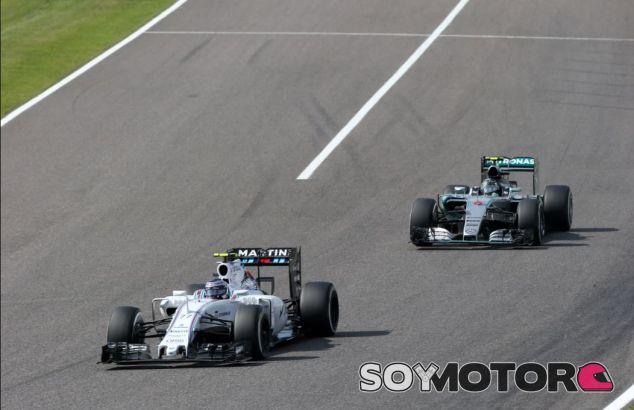 Bottas y Rosberg en el GP de Japón - SoyMotor