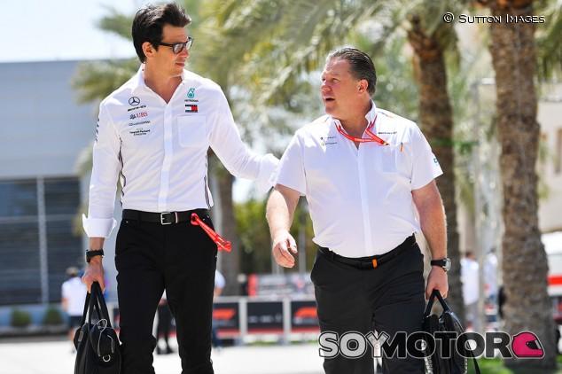 La parrilla de Fórmula 1, dividida en dos sobre el techo presupuestario - SoyMotor.com