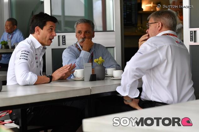 """Wolff aclara que están a favor del techo presupuestario: """"Lo queremos"""" - SoyMotor.com"""
