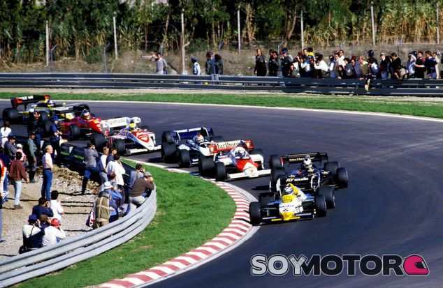 Alain Prost, Niki Lauda y Ayrton Senna constituyeron el podio de Portugal 1984 - LaF1