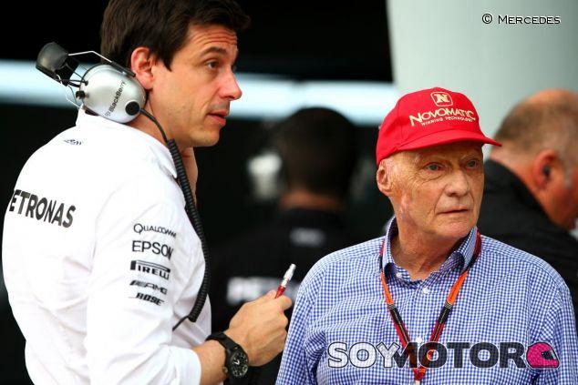 Toto Wolff y Niki Lauda gestionan a los pilotos para que no haya disputas entre ellos - LaF1