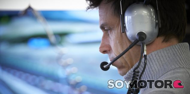 Toto Wolff durante un Gran Premio esta temporada - LaF1