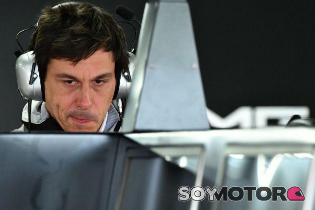 Wolff durante el GP de Brasil 2016 - SoyMotor