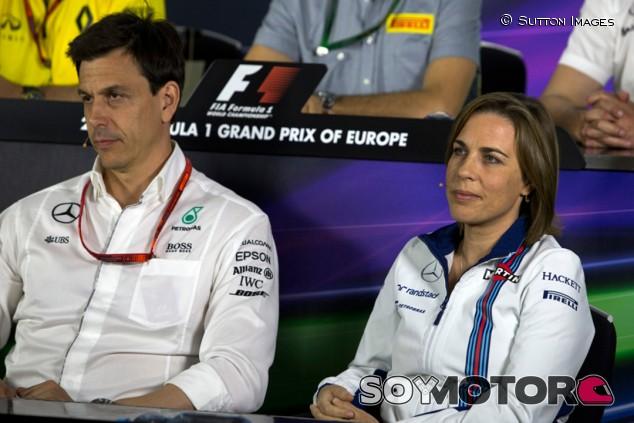 """Williams niega que quieran motor Renault: """"Hablamos con Mercedes"""" - SoyMotor.com"""