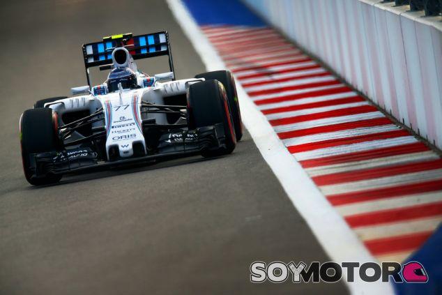 Williams reclama igualdad en el motor Mercedes - LaF1