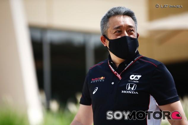 Yamamoto en el paddock de Baréin - SoyMotor.com