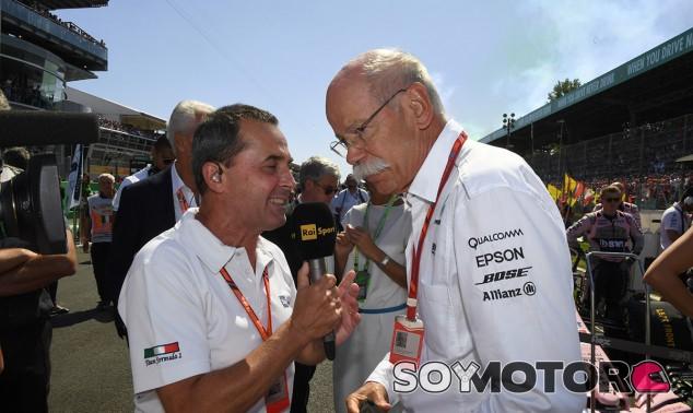 Zetsche es entrevistado por medios italianos en Monza - SoyMotor