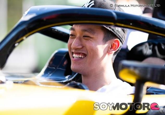 Zhou seguirá en Fórmula 2 bajo los colores de Renault - SoyMotor.com