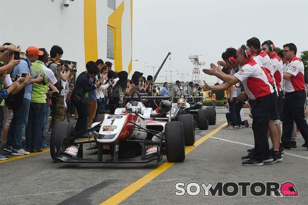 Rosenqvist vence con autoridad el Gran Premio de Macao 2015