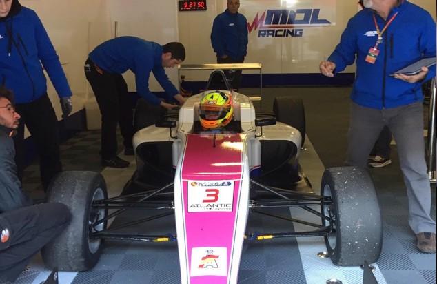 Mol Racing, el equipo de Molina, adelanta su debut: test en Barcelona - SoyMotor.com