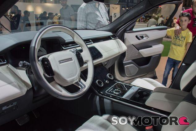 Range Rover Velar - Automobile Barcelona 2017