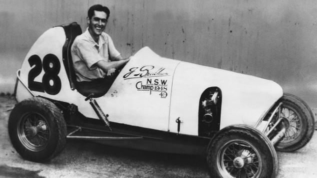 La primera victoria de Jack Brabham fue con un coche hecho por él... y de eso hace 72 años - SoyMotor.com