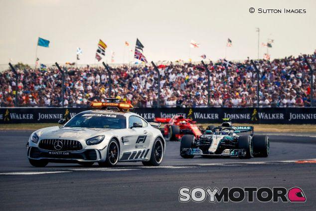 El coche de seguridad en Silverstone –SoyMotor.com