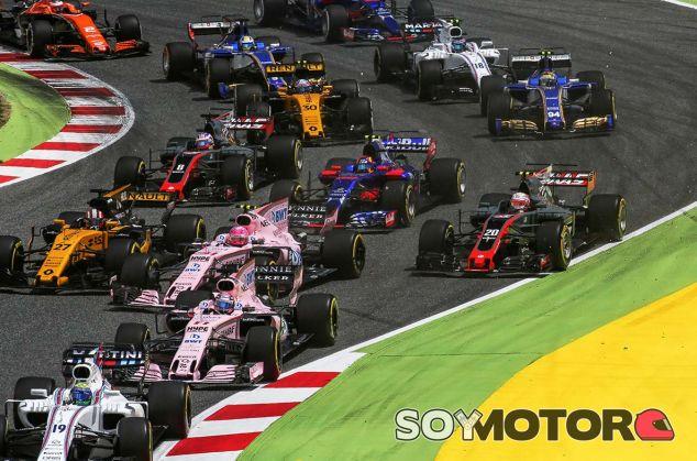 Salida del GP de España 2017 - SoyMotor.com