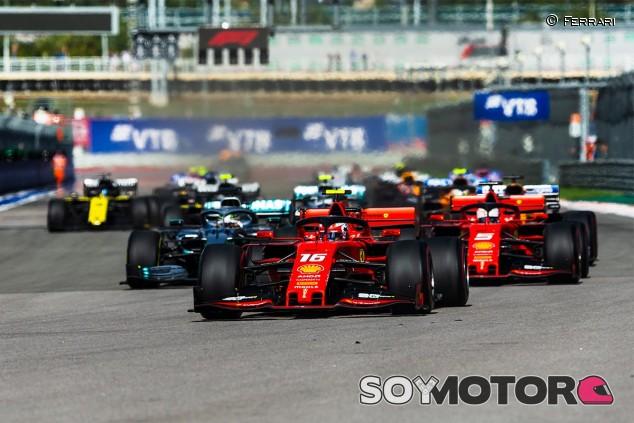 Salida del GP de Rusia F1 2019 - SoyMotor.com