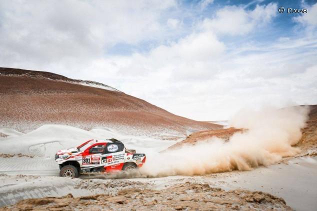 Así es el Toyota Hilux DKR que probará Fernando Alonso – SoyMotor.com