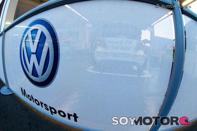 Logo de Volkswagen - SoyMotor.com