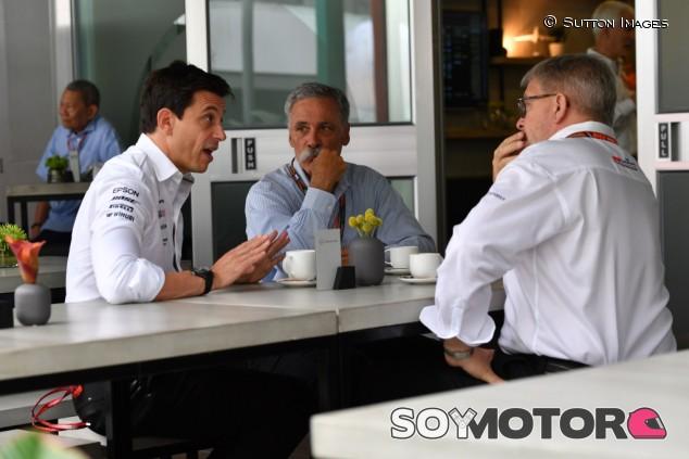 El futuro de Mercedes en F1 depende del pulso entre Carey y Källenius (III) - SoyMotor.com