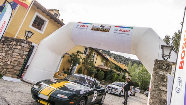 Participamos en la última etapa del Spain Classic Rally 2018 - Soymotor.com