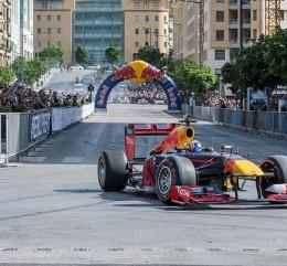 FOTOS: Exhibición de Carlos Sainz y Red Bull en Beirut