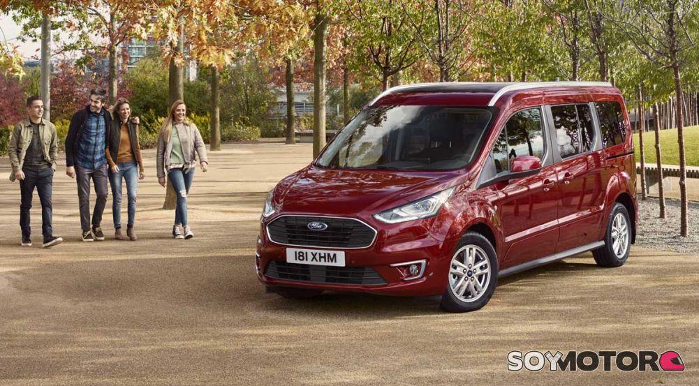Ford Tourneo Connect y Courier 2018: nuevo estilo y