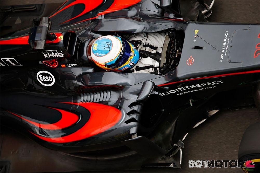 Resultado de imagen de Lo que hace Fernando Alonso con el coche es para