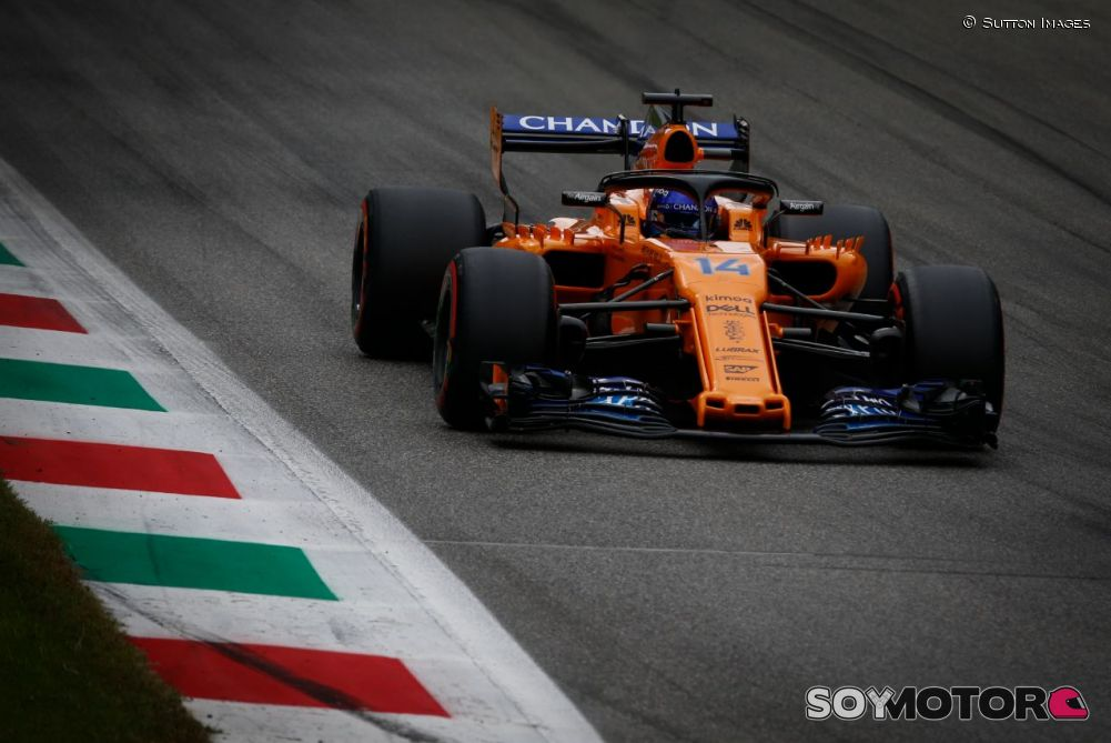 Raikkonen se quedó con la segunda práctica en Singapur