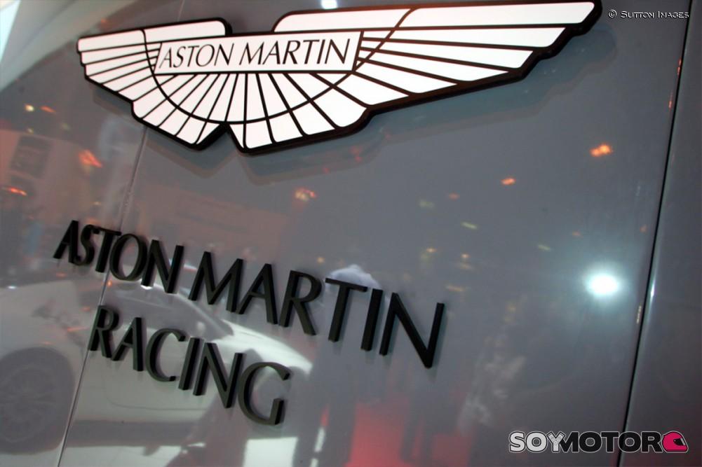 Oficial: Checo Pérez correrá para Aston Martin en 2021