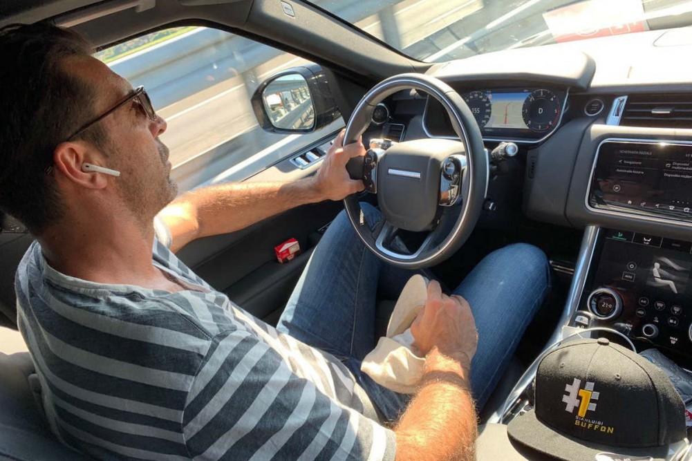 La foto ilegal de Buffon: ¿cuántas infracciones de tráfico comete?