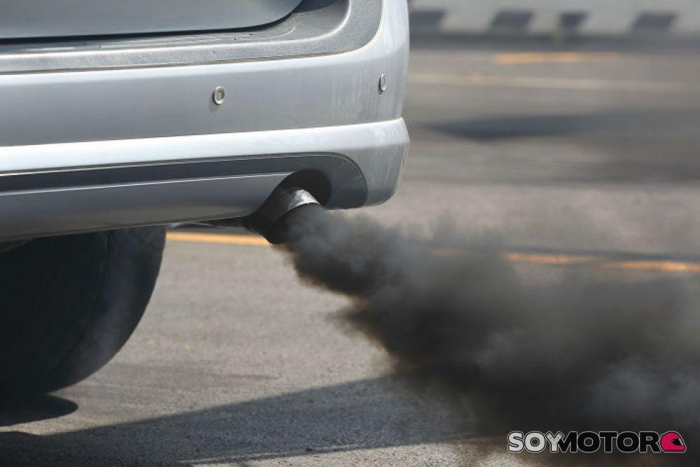 Onda eléctrica: España quiere prohibir los vehículos a combustión desde 2040