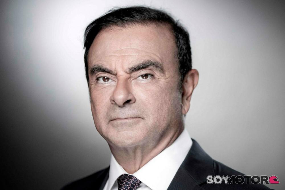 Le niegan libertad a Ghosn [Negocios]