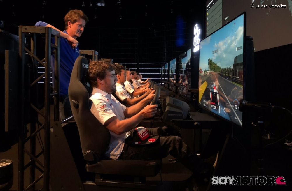 Doblete de Fernando Alonso en un torneo de Gran Turismo Sport