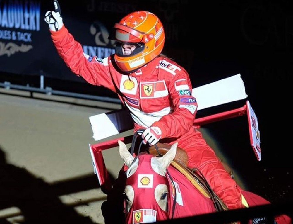 Su hija le homenajea en un espectáculo ecuestre — Michael Schumacher